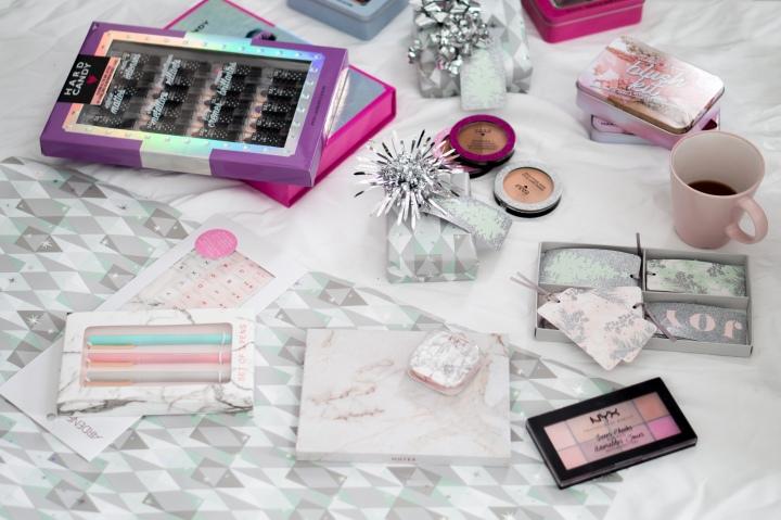 Last minute makeup gifts/ stockingstuffers